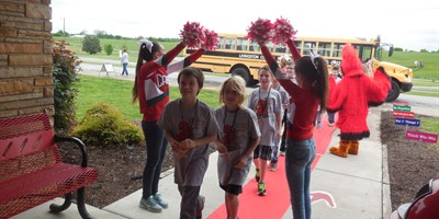 5th grade North Livingston Elementary students get an exhilarating welcome to LCMS!!