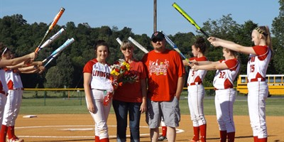 Senior Softball Player Alyssa Wright